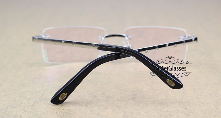 Cartier Metal Classic Unisex Rimless Eyeglasses CT5813812插图5